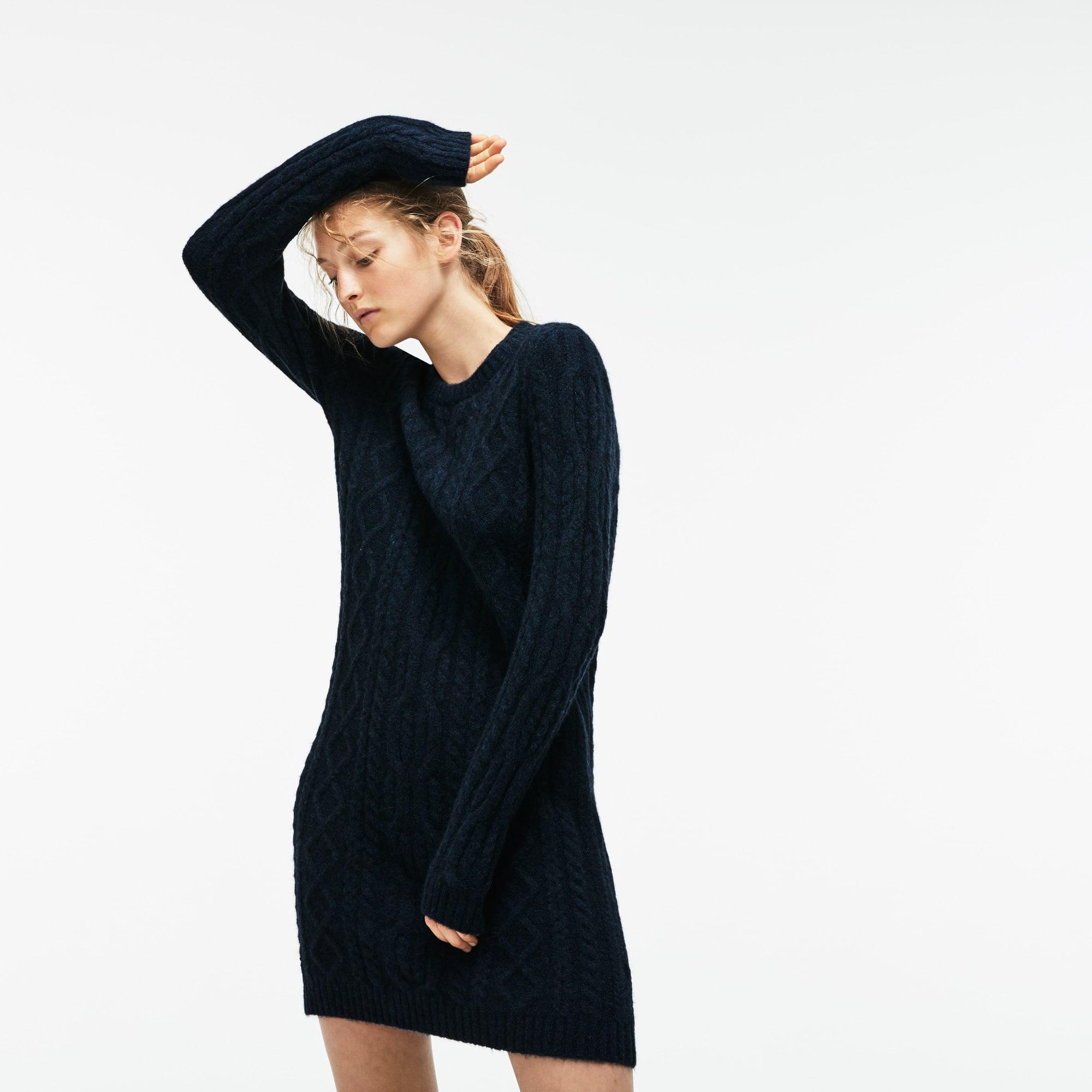 羊驼毛和羊毛混纺绞花针织女士运动衫式连身裙